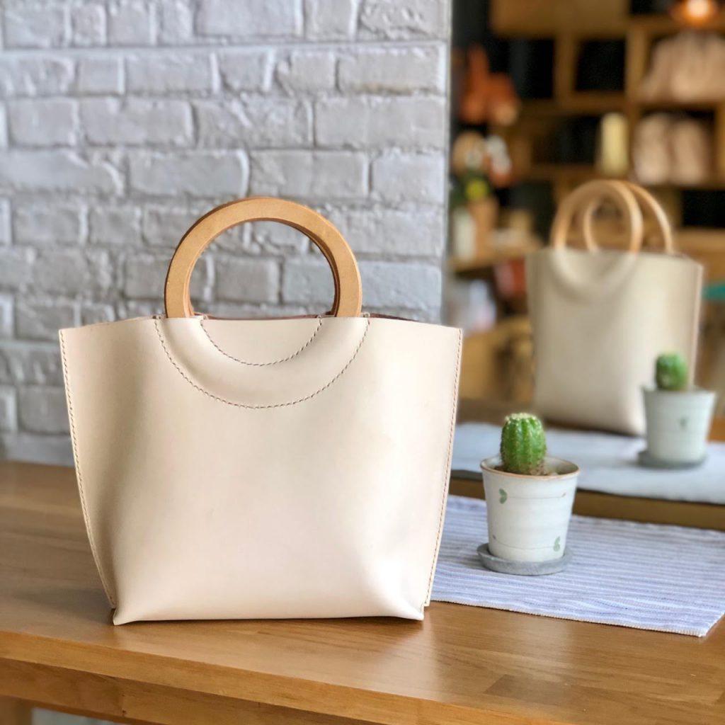 กระเป๋าหนังที่สามารถดีไซน์แบบได้ตามใจชอบ โดย machi leather work