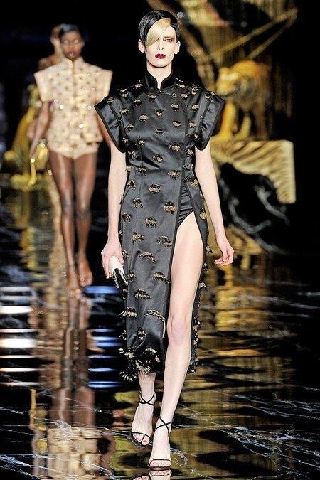 Louis Vuitton Spring 2019 Ready-to-Wear เขย่ารันเวย์ด้วยเดรสเท่ๆ ที่ได้แรงบันดาลใจจากกี่เพ้า